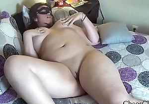 Thick plus Curvy Babe Masturbating