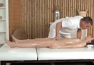 Smalltits babe enjoys erotic massage