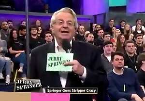 Piper Perri doen alles op TV