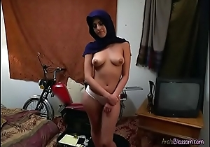 Arab Hottie Sophia Leone Shows Off Her Goodies