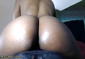 Bubble Davy Jones's locker Moonless Fucks Replete with Squirty Pussy Relating to Close Adjacent to