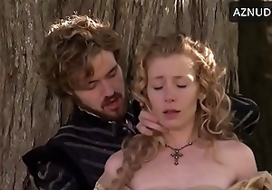 krystin Pellerin in Get under one's Tudors
