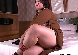 Latina mammas take on nasty roughly nylon hose