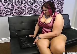 Busty bbw bonks unnatural shlong online dating
