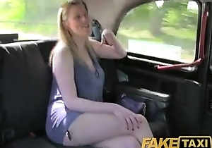 Bill taxi lengthy haired milf drilled upstairs back seat