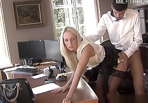 Sizzling daughter squirting