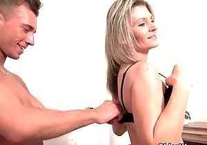 Unload your schlong at bottom mamma