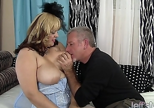 Sexy beamy model buxom bella has sexual congress