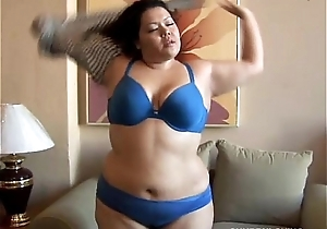 Beautiful expansive stomach, arse and milk cans latina bbw