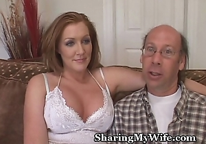Wife has friend's natter on slapping against her vagina