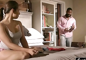 Cockloving stepdaughter shakes her bigass