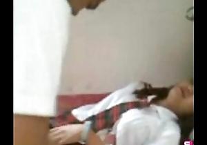 Contemptuous motor coach pinay student bayad muna bago making love f...