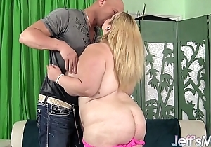 Hot golden-haired plumper sasha juggs uses her tremendous ti...