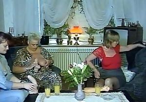 Juliareaves-dirtymovie - gruppen ficken - scene...