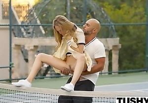 Hinie roguish anal for tennis student aubrey star