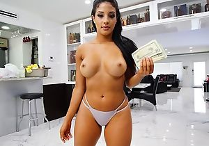 Exotic expecting rookie gives up will not hear of pussy be proper of some cash