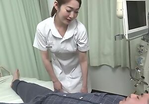 Well done Asian heedfulness gives the brush patient a hot blowjob