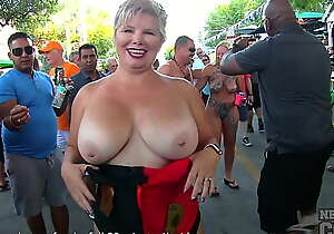 last day and night of castle in the air fest alien vital west florida hot girls naked in the streets